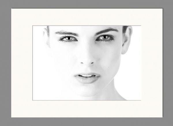 Passepartout 13x18 Bildausschnitt 9x13cm, Weiß