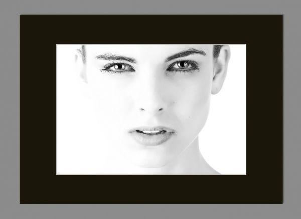 Passepartout 13x18 Bildausschnitt 9x13cm, Schwarz