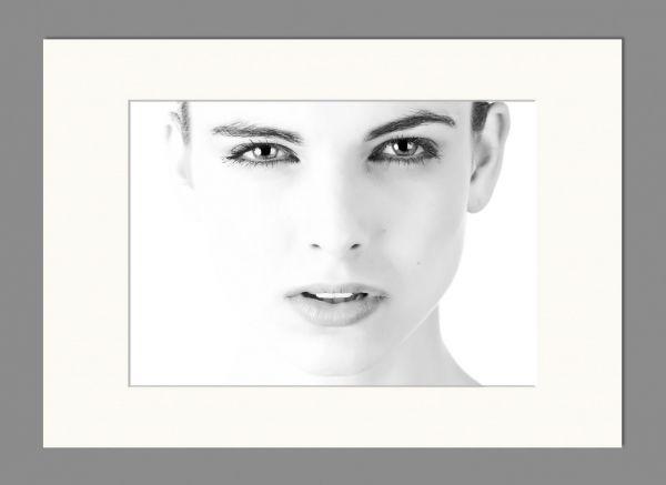 Passepartout DIN A4 für DIN A5 große Bilder als 4er-Set in Weiß